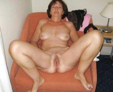 Amateur Mature Whore