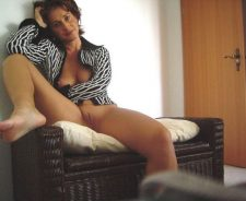 Amateur Milf Naked At Home