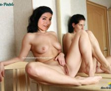 Ameesha Patel Pussy Images Ameesha Patel Fingering Her Pussy Images