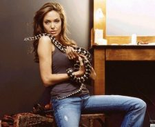 Angelina Jolie And Snake On Her Body