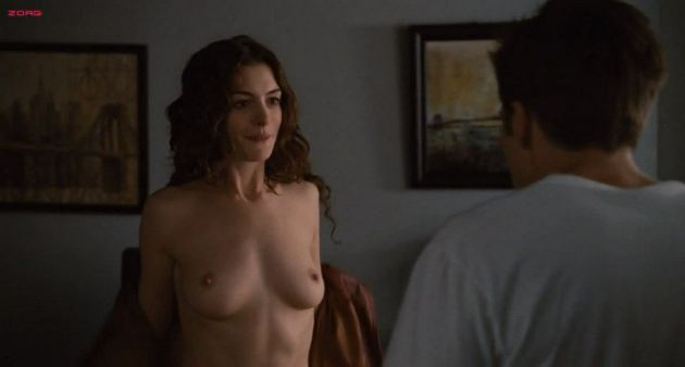 Anne Hathaway Naked