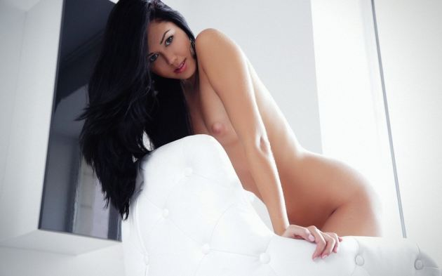 Beauty Girl Breast Naked