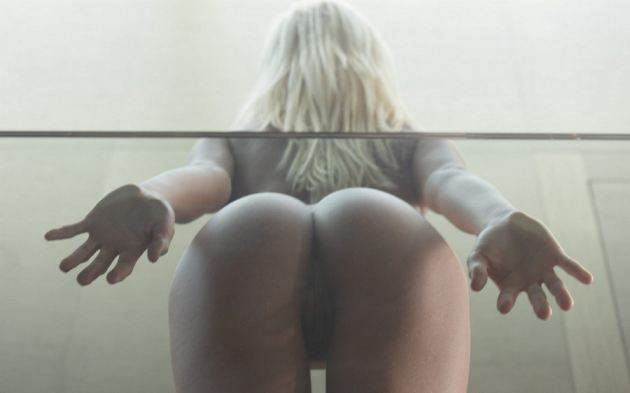 Blonde Girl Sexy Ass Pussy Hands