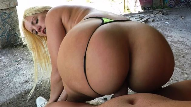 Blondie Fesser Thong Side Reverse Cowgirl Bubble Butt