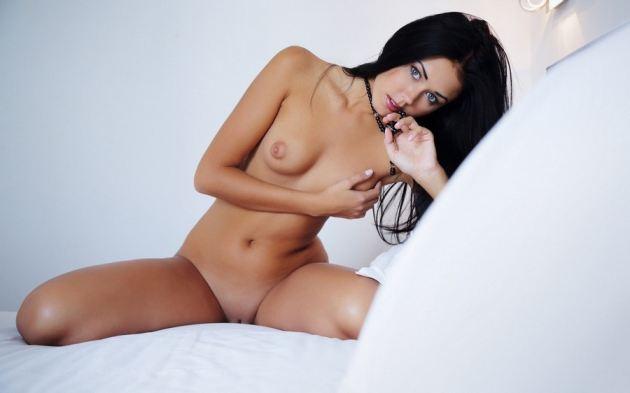 Brunette Girl Naked Boobs