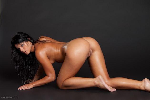 Defrancesca Gallardo Nude