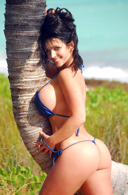 Denise Milani near nude