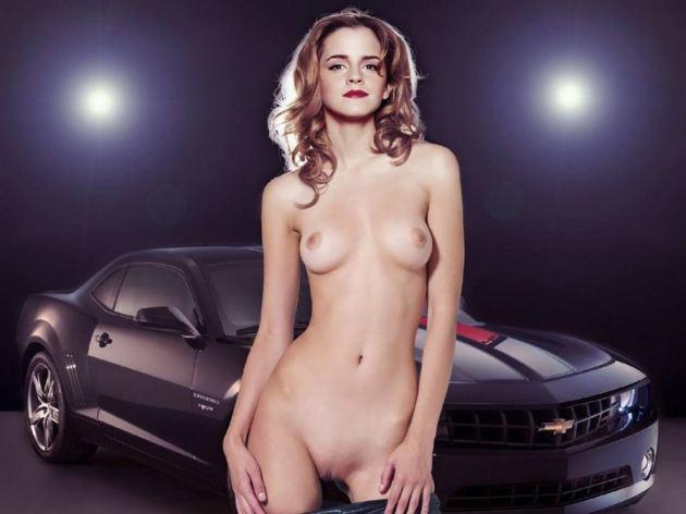 Nackt sexy watson emma Emma Watson
