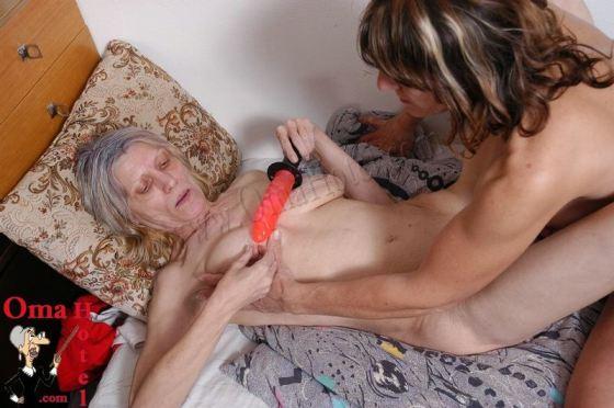 Porn pics free granny GrannyVillage