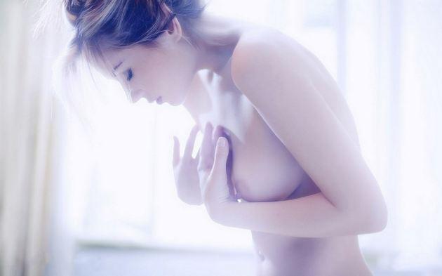 Girl Boobs Nude Photo