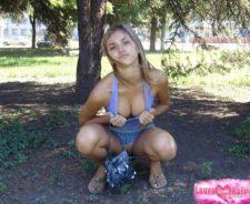 Girls flashing park nude