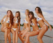 Hot Boats And Women