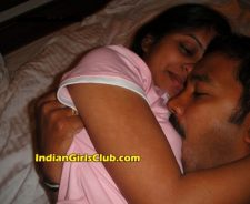 Hot Indian Girls Nude Kissing