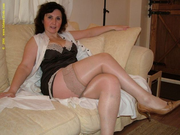 Hot Mature Wife Lingerie