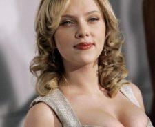 Hot Sexy Scarlett Johansson Nude XXX Pics