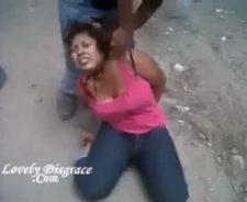 Husband cut wife head