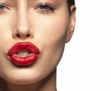 Jessica Biel Hot Lips