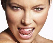 Jessica Biel Tongue