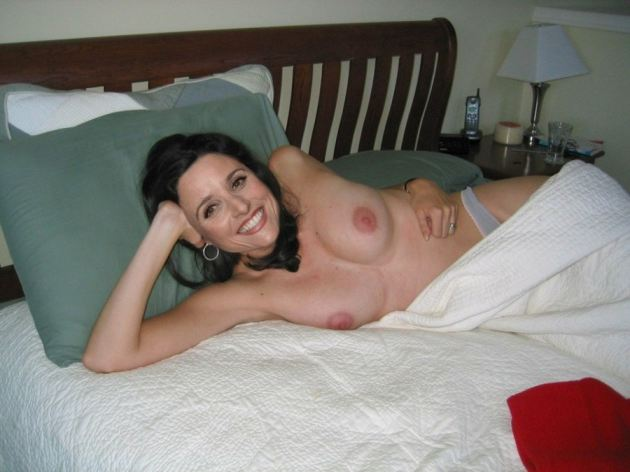 Nackt  Julia Duffy 41 Hottest