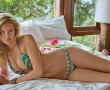 Kate Upton Hot Bikini