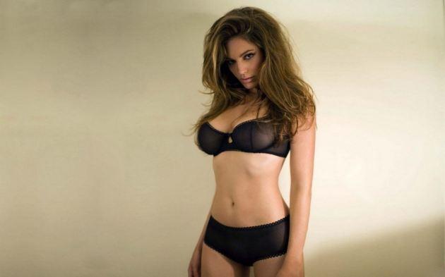 Kelly Brook Black Sexy Bikini