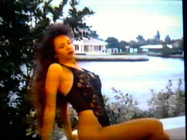 Lorissa Mccomas Nude Swimming