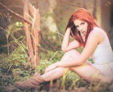 Lovely Redhead Model Girl Sexy Legs Mood