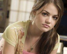 Lucy Hale Beauty