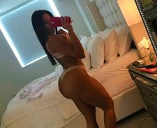 Maria Villalba amateur selfie at home