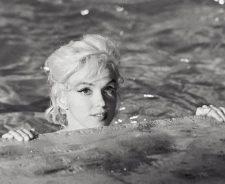 Marilyn Monroe Pool