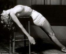 Marilyn Monroe Topless