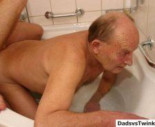 Mature Gay Men Sex Shower