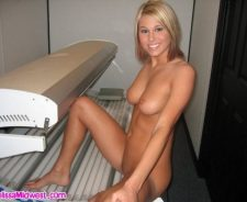 Melissa Midwest Tanning Bed Naked
