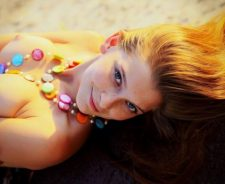 Model Girl Freckles Topless Jewelry