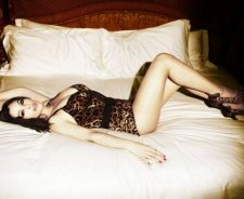 Monica Bellucci Bed Sexy Girl