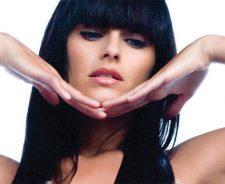 Nelly Furtado Cute Face In Pose