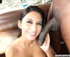 Nikki Daniels Interracial