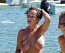 Nude Beach Big Boob Woman