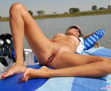 Nude Girls On Boats Sex