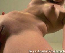 Nude Posture Yoga