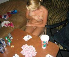 Nude Strip Poker