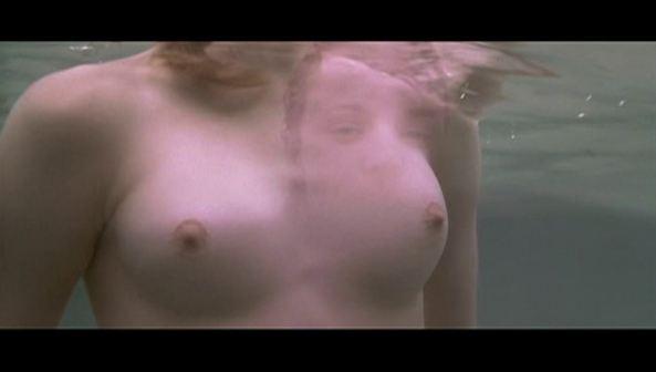 Rachel Mcadams Under Water Boobs
