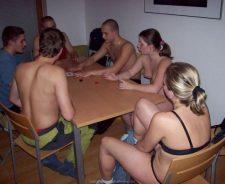 Real Strip Poker Amateur
