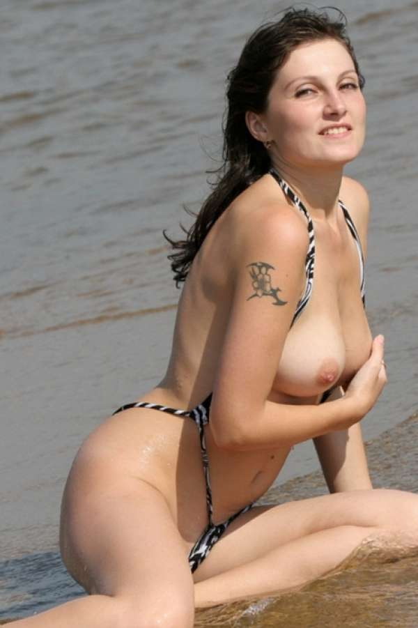Real amateur beach sex