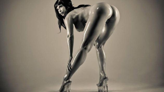 Sexy Black Huge Ass Model