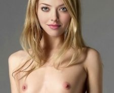 Skinny Small Titted Nude Blonde Celebrity Amanda Seyfried Hot
