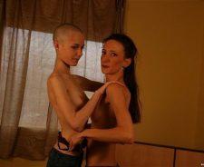 Super Skinny Lesbians