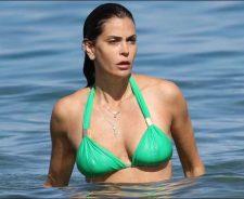 Teri Hatcher Swimsuit Nude