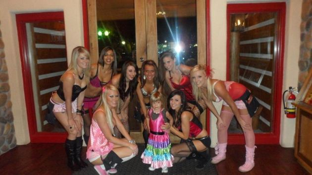 Twin Peaks Girls Houston