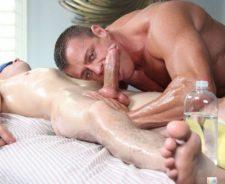 Unsuspecting Gay Porn Massage